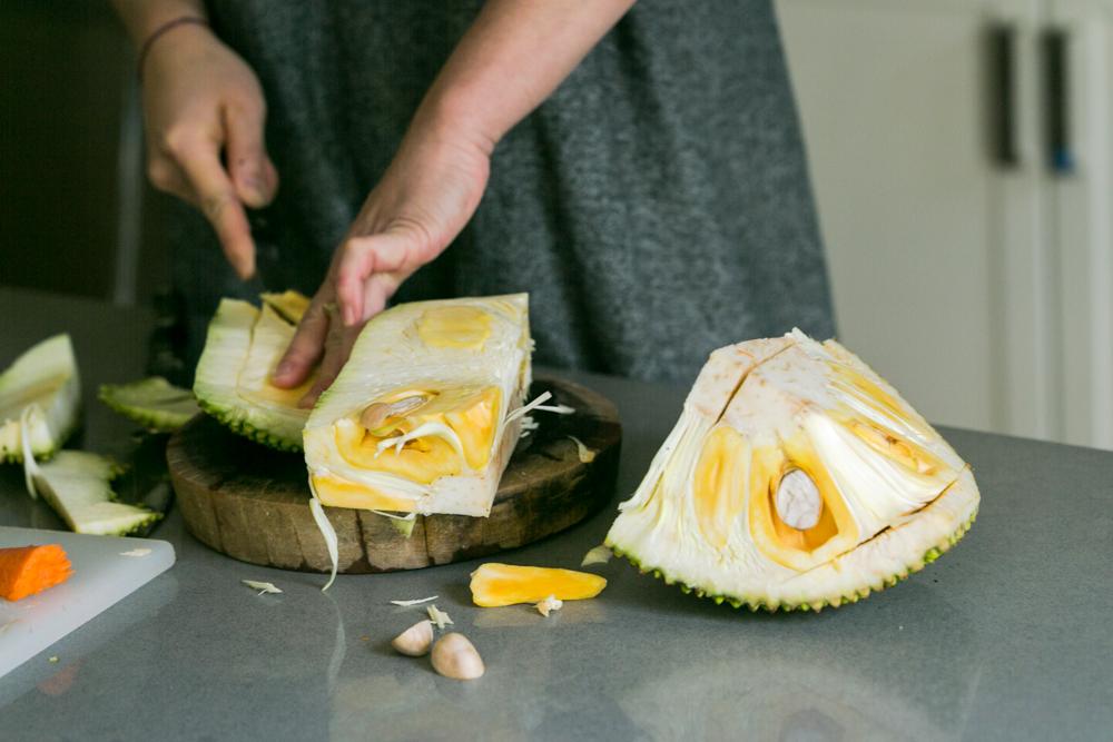Hồng-Ân Trương's Vegan Jackfruit Salad